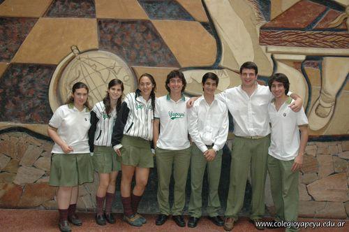 Alumnos de 6to año de la Secundaria con Excelencia Académica